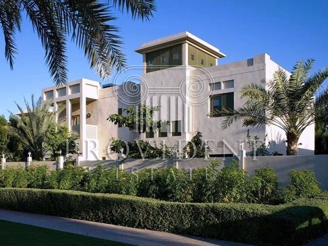 Al Hambra Villas, Emirates Hills